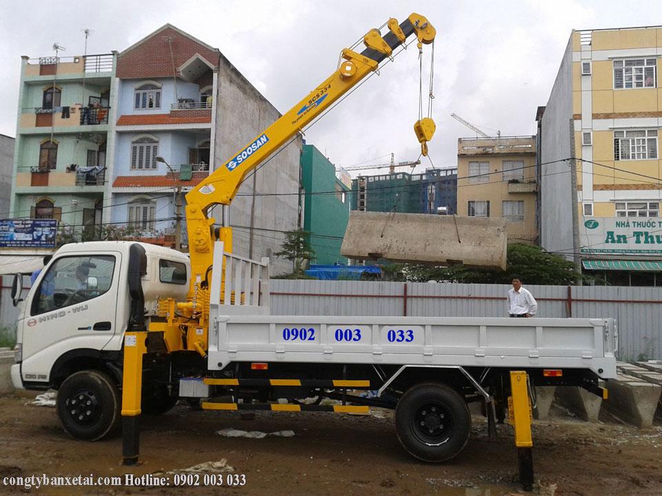 Xe cẩu Hino WU tải trọng 2,5 tấn