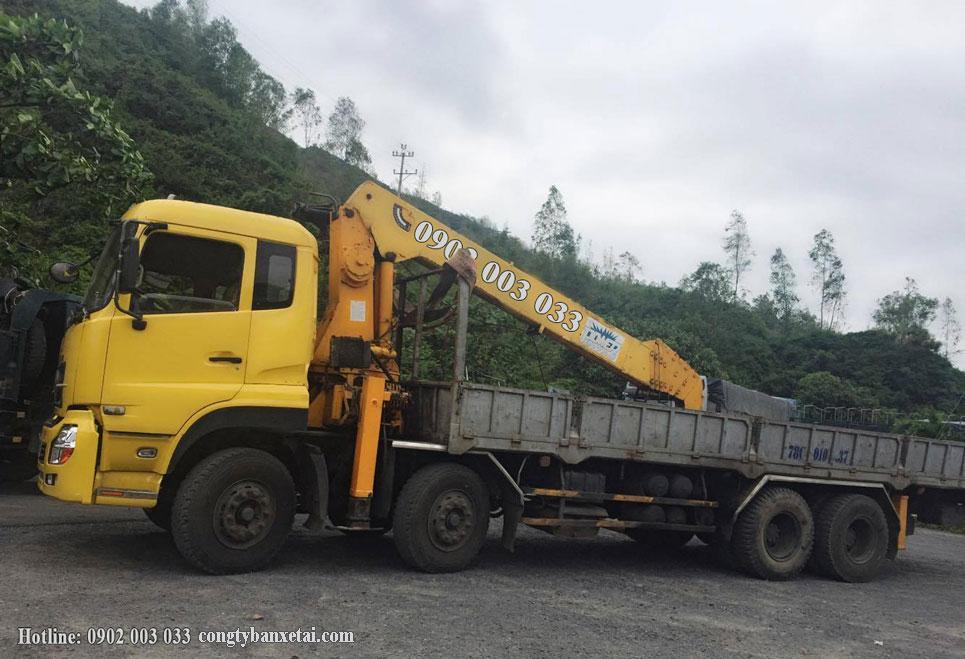 Xe tải gắn cẩu Dongfeng 18 tấn